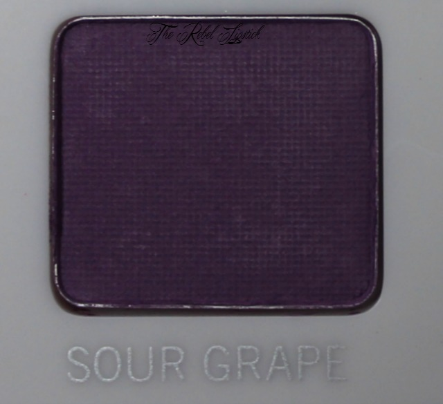 Models Own Sweet Dreams Eyeshadow Palette Sour Grape