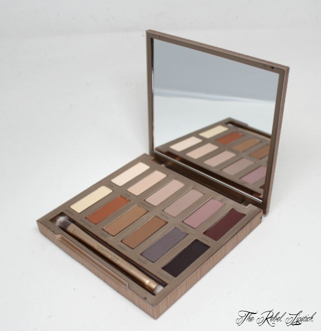 urban-decay-naked-ultimate-basics-palette-inside