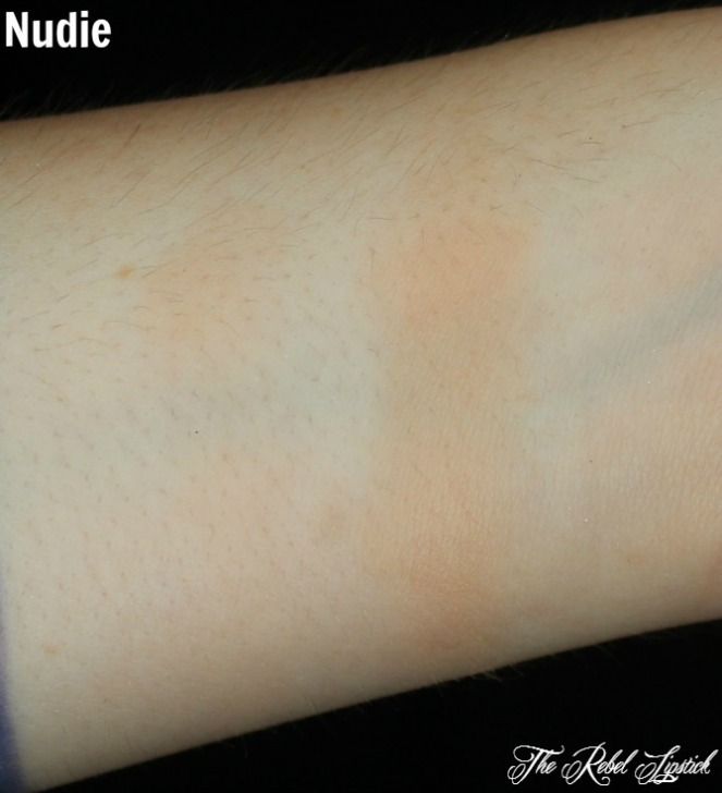 urban-decay-naked-ultimate-basics-palette-nudie-swatch