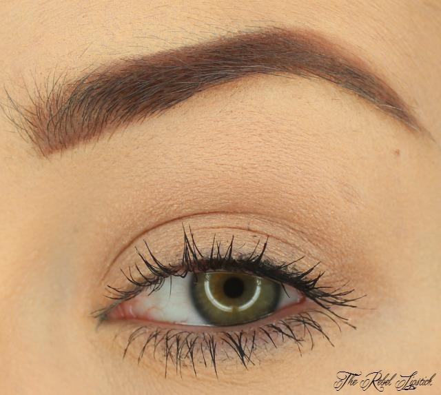 buxom-sexy-little-habits-collection-eyeshadow-bar-single-eyeshadow-mink-magnet-swatch