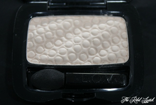 l-o-v-eyeshadows-inside-cream