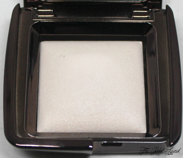 hourglass-ambient-lighting-powders-ethereal-light